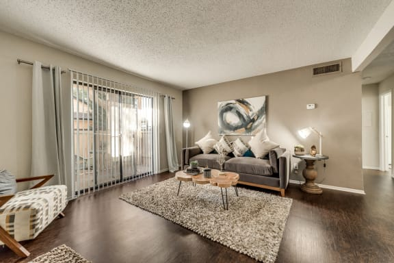 The Park at Wintergreen Apartments | DeSoto, TX