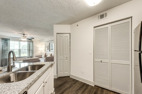 Bahia Cove Apartments Model Kitchen