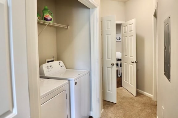 laundry closet with washer inside at Centerville Manor Apartments, Virginia Beach, VA