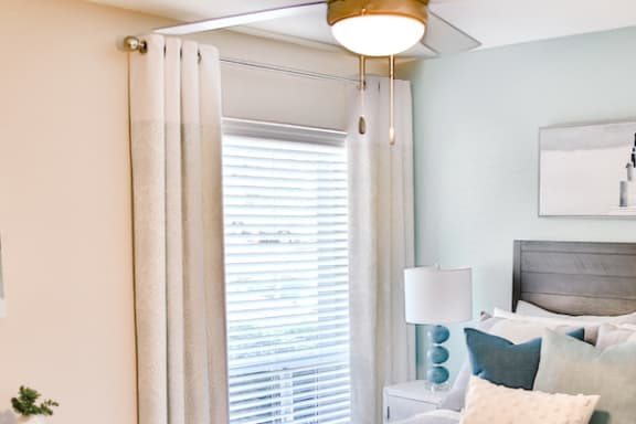 window in bedroom with 2 inch blinds at Berry Falls Apartments, Alabama