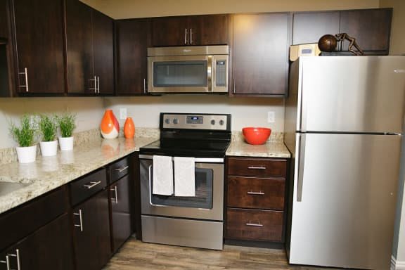 Well Equipped Kitchen at Valley Creek Apartments , Woodbury, MN