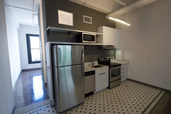 Broadway Lofts Loft Home Kitchen w Appliances