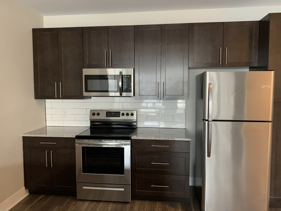 Armstrong Kitchen Features and Appliances