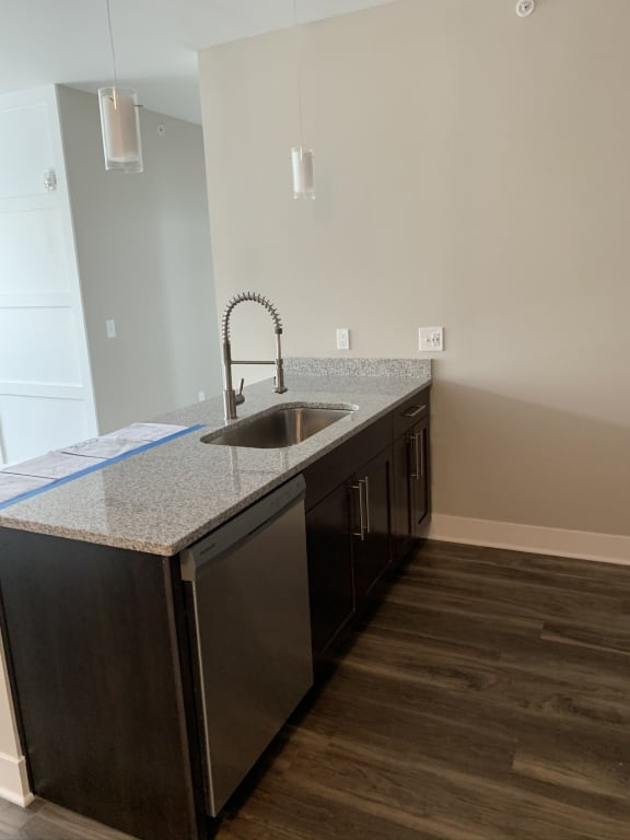 Armstrong Kitchen Island Features