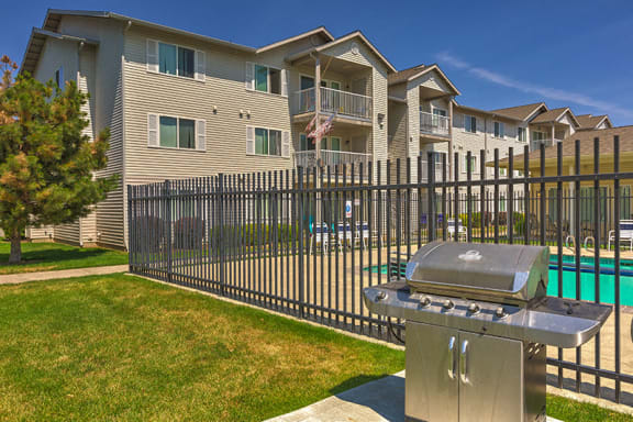 Grill Station | Falls Creek Apartments in Couer D'Alene, ID 83815