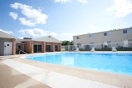 Blue Cool Swimming Pool at Arbor Pointe Townhomes, Michigan, 49037-2040