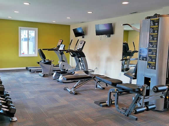Kingston Square Fitness Center in Indianapolis
