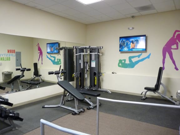 Fitness center interior at Monmouth Row Apartments, Newport, KY