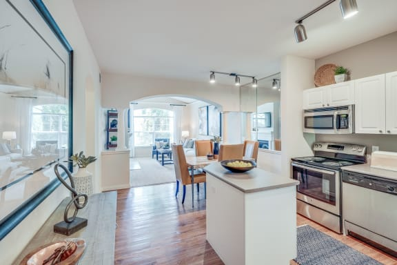 Newly Renovated Apartments at Windsor at Meadow Hills, 4260 South Cimarron Way, CO