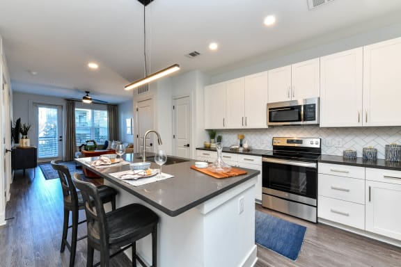 Fully Equipped Kitchen With Modern Appliances at Elevate West Village, Smyrna, GA