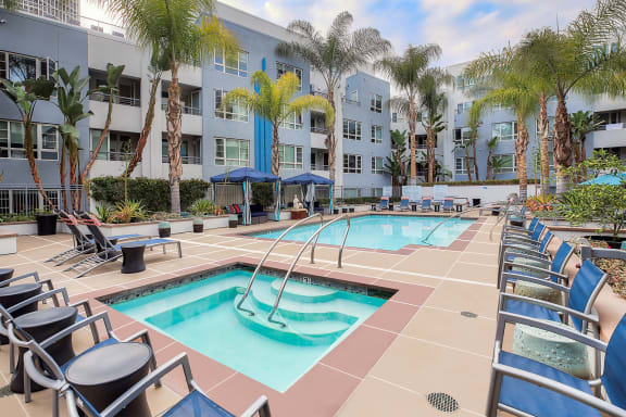 Relaxing outdoor spa at 5550 Wilshire at Miracle Mile by Windsor, 5550 Wilshire Blvd., CA 90036