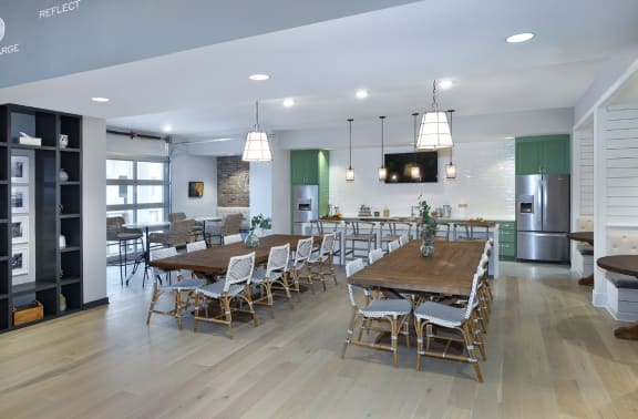 Dining Area In Clubhouse at Summerhouse Lakewood Ranch Apartments, Lakewood Ranch, FL, 34211