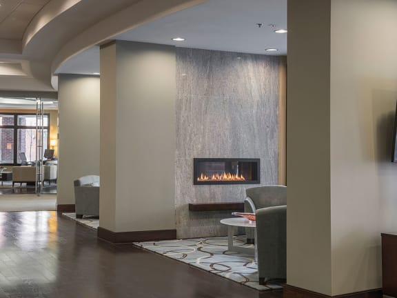 Fireplace Lounge at Crescent Centre Apartments, Kentucky, 40202
