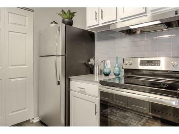 high-quality appliances at The Villas at Main Street Apartments in Ann Arbor, MI