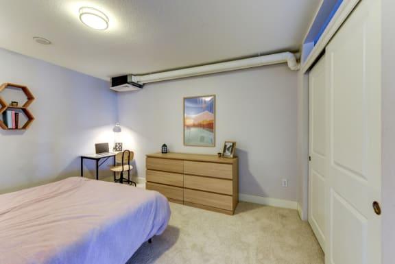 2bed 1 bath 760 sqft Bedroom 1