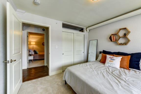 2bed 1 bath 760 sqft Bedroom 2