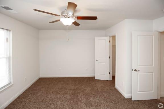 plush carpet inside bedroom at regency preserve apartments in avon in