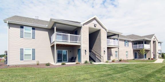 Cedar Exterior Building View at Hawthorne Properties, Lafayette, Indiana