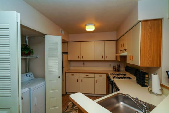 Full-size Washer/Dryer at Glenn Valley Apartments in Battle Creek, MI