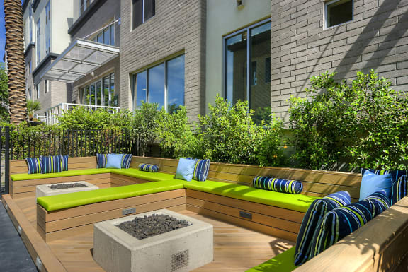Outdoor Lounge Seating with Fire Pits