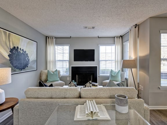 Newly Renovated 1, 2 and 3 Bedroom Pet-Friendly Apartments with Open-Concept Living Room with Wood Burning Fireplace, Picture Windows, Private Patio or Balcony in Lawrenceville NJ-1000 Steward Crossing Way Lawrenceville NJ 08646