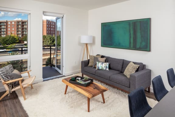 Two bedroom apartments Des Plaines, IL with large bedrooms, oversized closets, spa bath. and balcony with city views-1555 Ellinwood Avenue