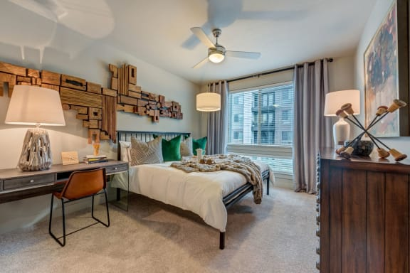 Gorgeous Bedroom at Berkshire Auburn, Dallas