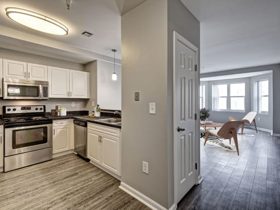 Newly Renovated 1 and 2 Bedroom Apartments with Washer Dryer-HighPoint Apartments Quincy, 12 Highpoint Circle Quincy, MA 02169
