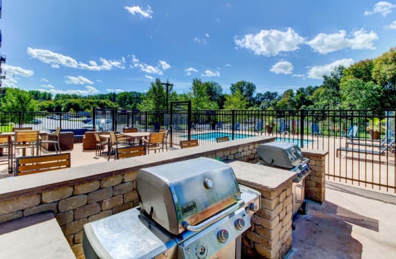 Outdoor Kitchen, BBQ, Pool and Alfresco Dining-Berkshire Central Apartments