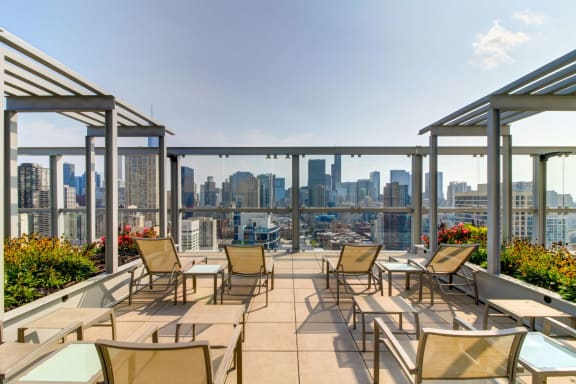 Sundeck and Garden Trellis with City Skyline and Lake Michigan Views at Eight O Five Apartments