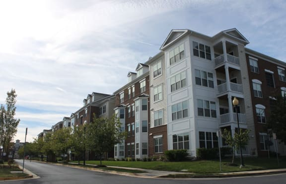 MetroPlace at Town Center 1 and 2 Bedroom Apartments Camp Spring Maryland