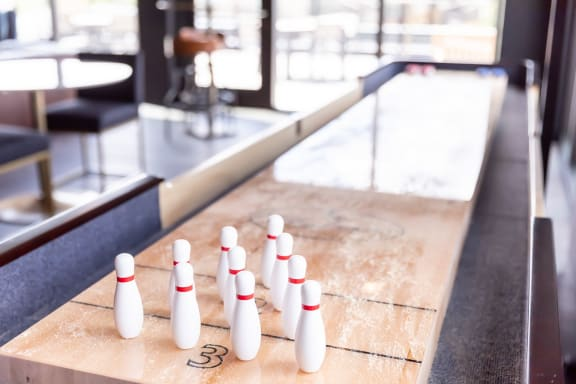 Rochester MN Luxury Apartments with Shuffleboard Lounge--425 S. Broadway Rochester MN 55904