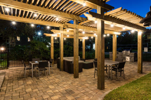 Outdoor Grill With Intimate Seating Area at Fountains at Lee Vista, Orlando, Florida