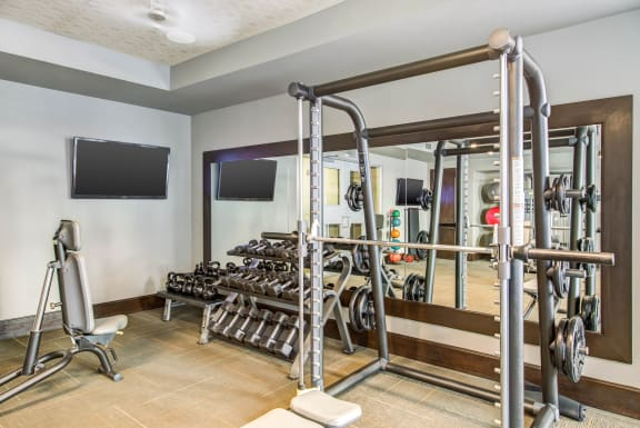 Fully-Equipped-FItness-Center