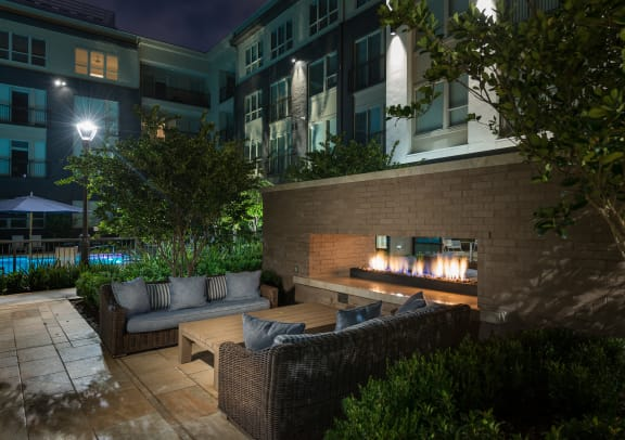 Courtyard View at Everra Midtown Park Apartments in Dallas