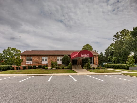 Cromwell Valley Apartments clubhouse for rent in Towson, MD for parties and events