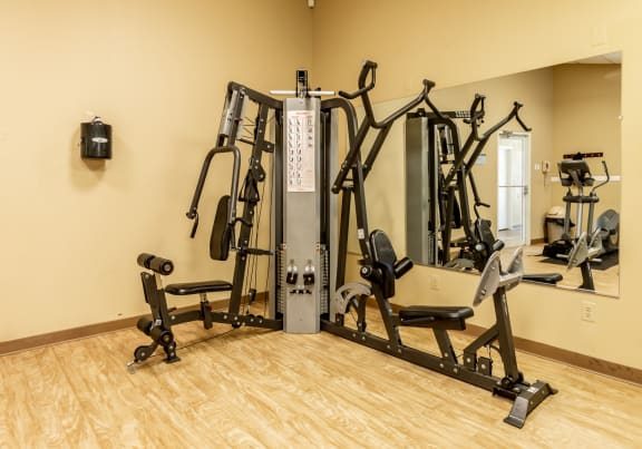 On site gym at Spring Hill Townhomes