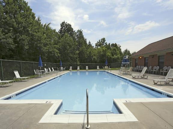 Cub Hill Apartments Parkville Pool