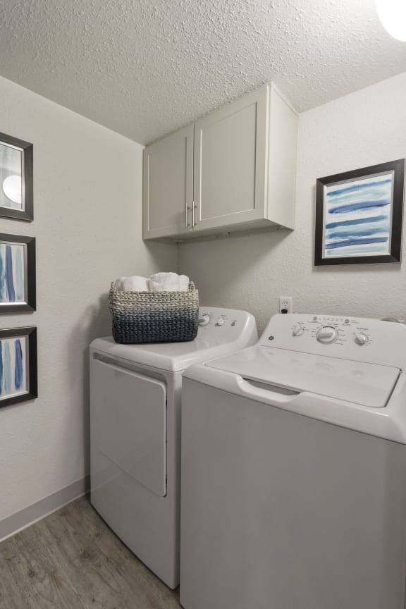 Onsite Laundry Room at Alvista Trailside Apartments, Englewood, CO, 80110