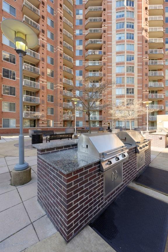 Building Exterior And Grills at Aura Pentagon City, Arlington, VA, 22202
