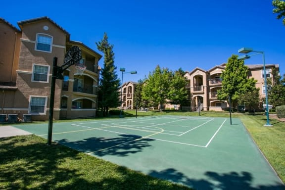Outdoor Basketball Court at Fairfield Apartments Near Me