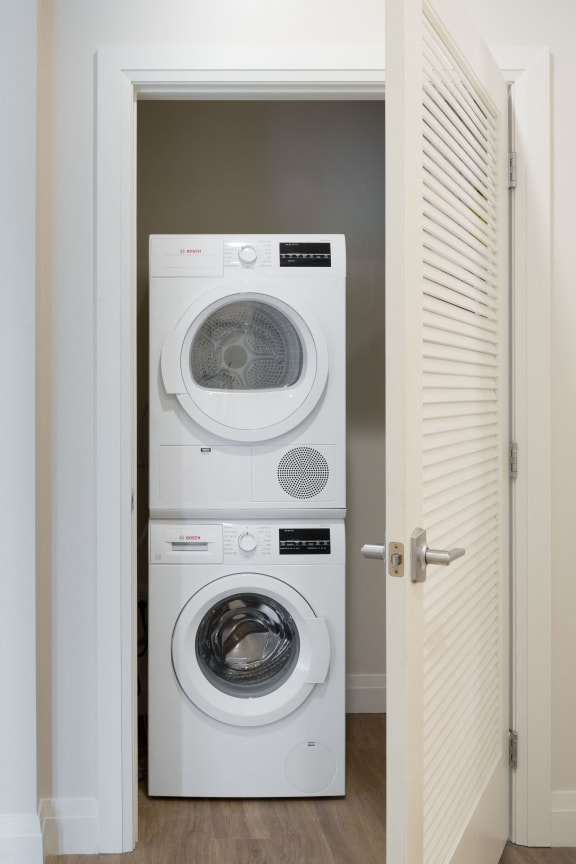 Washer And Dryer at 28 Austin, Newton, MA, 02460
