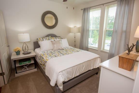 Walton Ridge Apartment Homes Model Bedroom
