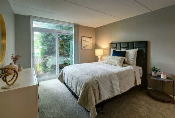 Beautiful Bright Bedroom With Wide Windows at Foxboro Apartments, Wheeling