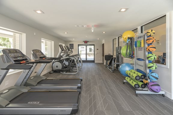 Gym with cardio and weights l Vue at the Lake in Sacramento