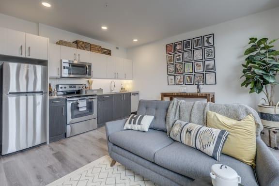 GoatBlocks_Portland_OR_888_Kitchen_Living