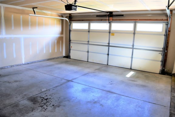 Willow View of Garage  at Hawthorne Properties, Indiana