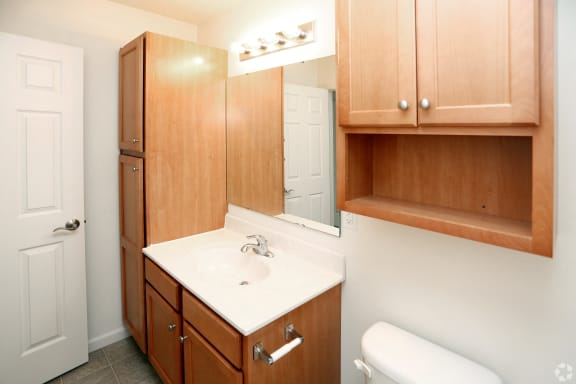 Aspen Bathroom at Hawthorne Properties, Lafayette, 47905