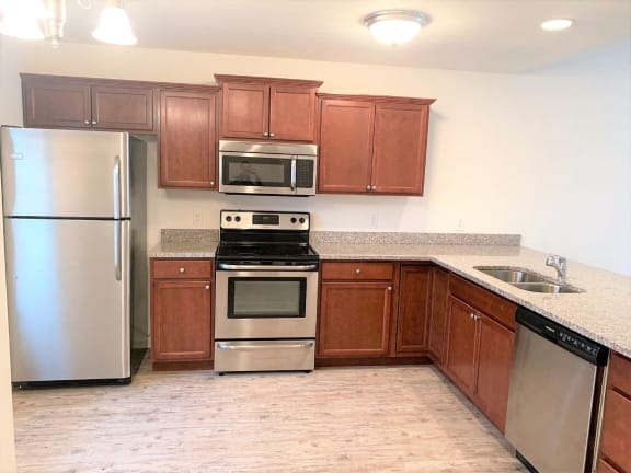 Refrigerator And Kitchen Appliances at Hawthorne Properties, Indiana