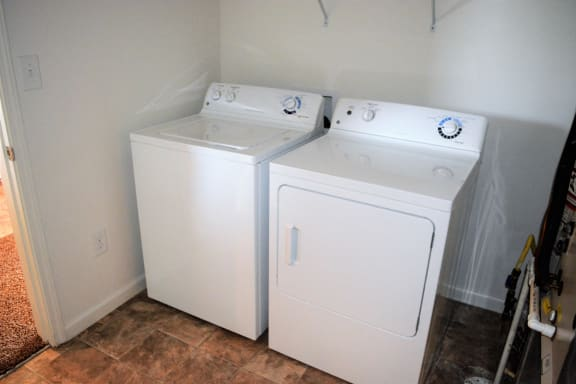Willow Full Size Washer & Dryer  at Hawthorne Properties, Lafayette, IN